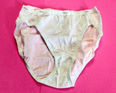 1 New Women's Hanes Pantie - Size 7 - Hi Cut
