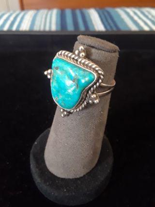 》》 Gorgeous Turquoise Ring 《《 Vintage