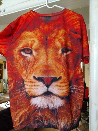 New beautiful lion T-shirt (: