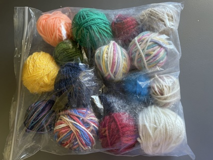 Scrap Yarn for Making Flowers and More