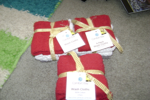 Comfort Bay Wash Cloths.12-Free Shipping.Gin.!!