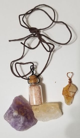3 Quartz Stones and a necklace