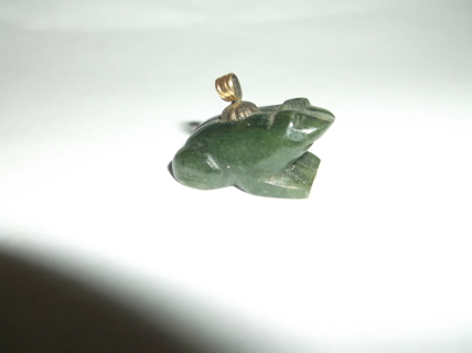 Gorgeous JADE Frog Pendent