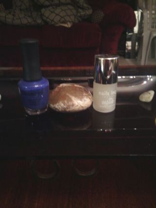 Wake up your nails and hands with this sweet auction!!New bonuses added