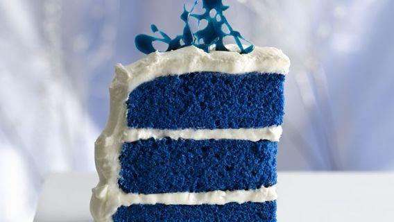 Moist  Velvet Blue  CAke  and  5 BONUS  RECIPES