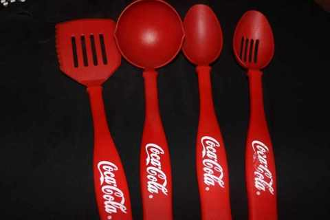 Free: My 4,000th auction! Tiered Watchers Needed COCA COLA KITCHEN ...