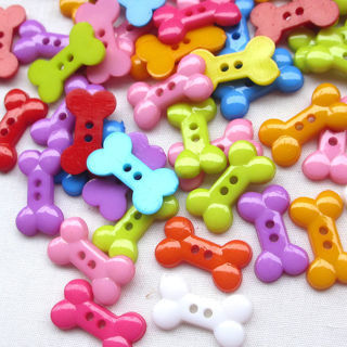100PCS Dog Bone Toy Resin Buttons 2 Holes Sewing Scrapbooking Craft 18mm