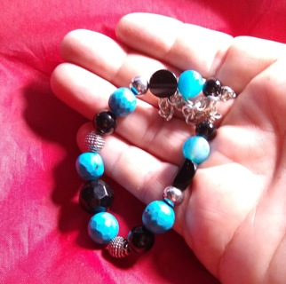 BRACELET NATURAL GEMSTONES JUST BEAUTIFUL WILL FIT 7-8 INCH WRIST TAKE A LOOK STEAL OF A DEAL!