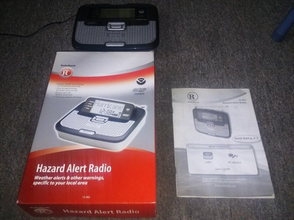 RadioShack NOAA PublicAlert Certified Hazard Alert Radio in Box