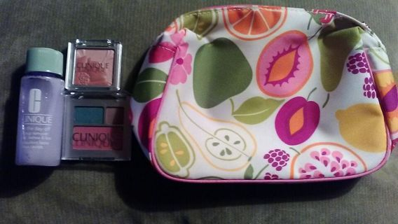 Mini Clinique Lot! Makeup Remover + Eye Shadow + Blush + Cosmetic travel bag!