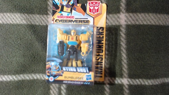 New Transformers Cyberverse BumbleBee