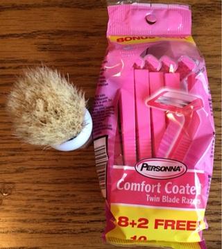 10 Pack of Pink Disposable Razors With Cute Bonus