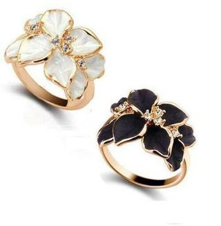 Fashion Women Flower Crystal Gold Plated Lady Nickel-Free Cute Ring Size 7 Gift