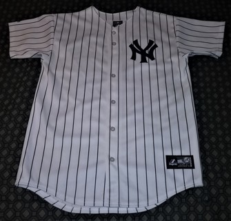 "MLB NY Yankees Size XL button-down 100% polyester JETER 2 jersey by Majestic Made in USA - 29"" long"