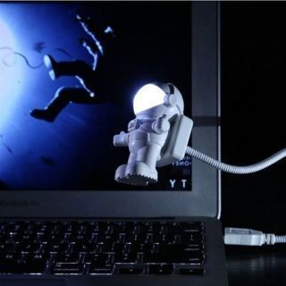 Astronaut Shape USB LED Night Light Spaceman Table Desk Bedroom Flexible Lamp