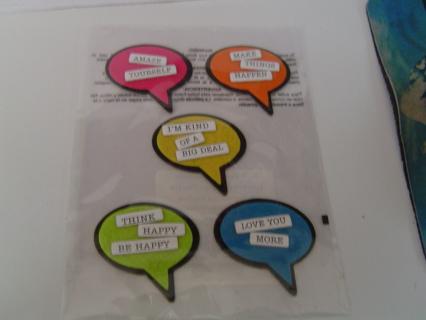 NEW - 5 Felt Embellishments ''Word Bubble's'' #2