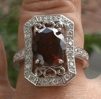 STRIKING STERLING SILVER CHERRY RED GARNET AND TOPAZ RING SZ 10 FREE SHIP! FREE GIFT!