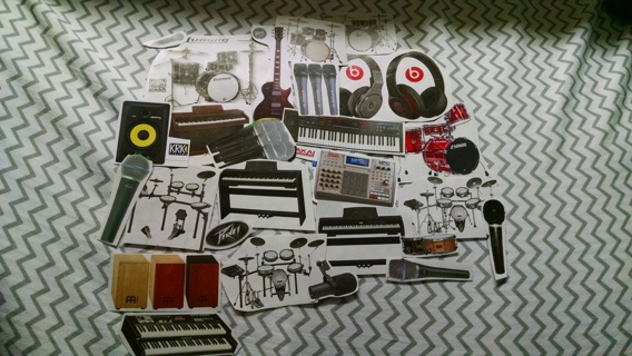 Collage lot: musical instruments lot 1