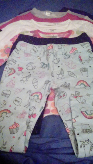 EIGHT SIZE 5 USED PIECES OF LITTLE GIRLS CLOTHES