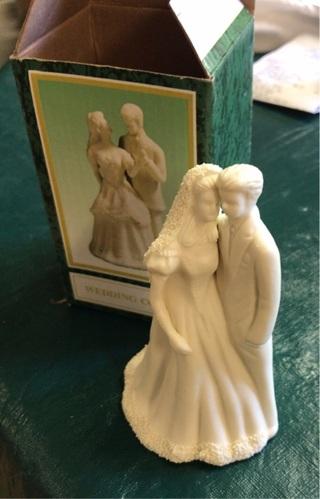 Bisque ecru porcelain figurine
