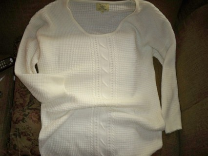 2X CREAM TUNIC SWEATER BY THE MAGIC OF STEVIE AND LINDSAY