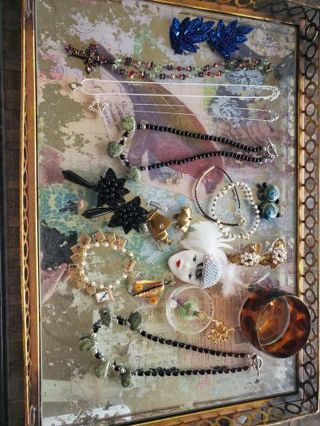 19 pc. Vintage to now jewelry lot