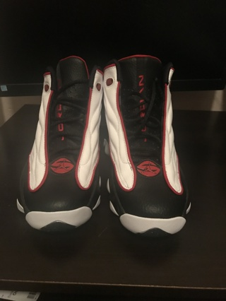 BRAND NEW Jordan  White/Red/Black Grade School Boys' Shoe Size 6.5Y