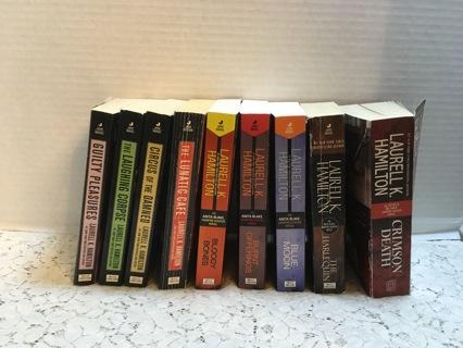 Nine LAURELL K. HAMILTON Anita Blake Vampire Hunter Paper Back Books