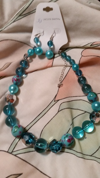 jaclyn smith earring and necklace set