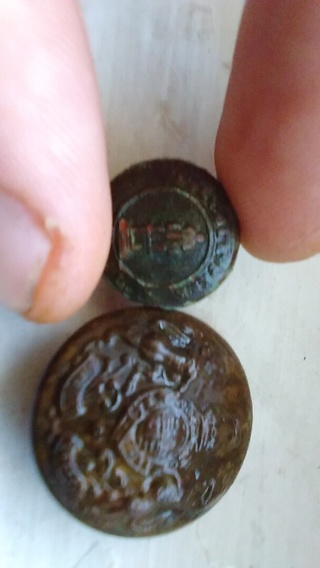 Old buttons (2)