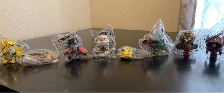 McDonald's transformer collectible set of all 8 (2018)