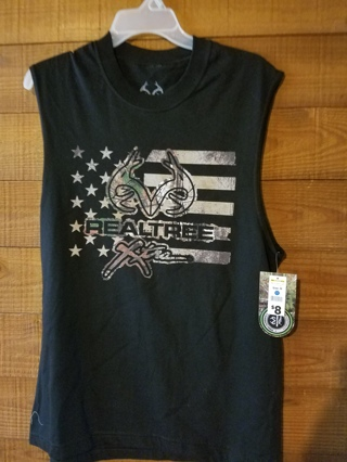 New w/Tags--Men's Realtree Muscle Tee --Size--M