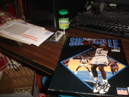 shaquille o'neill,orlando magic nba basketball,1994 school folder exc cond.in box1.