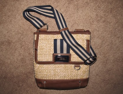 ♥ Chaps Crossbody Shoulder Bag Straw with Brown & Blue trim Lots of Pockets! ♥