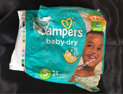 Pampers Size 5 (11 Total)