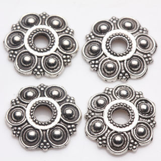 50Pcs Tibet Silver Nice Flower Shape Bead Caps Jewelry Makings DIY