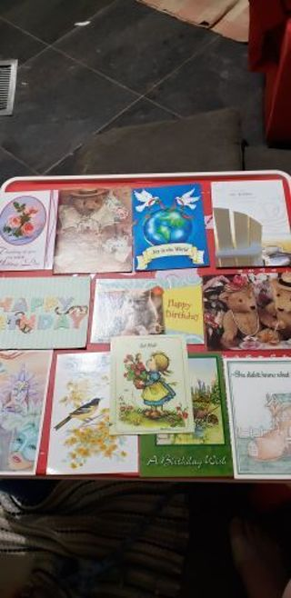 Lot 2 Assortment of 12 greeting cards
