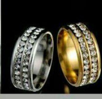 ~SIZE 8~Silver Rinestone Unisex ring~