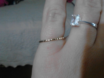 size 5 gold-tone stackable ring