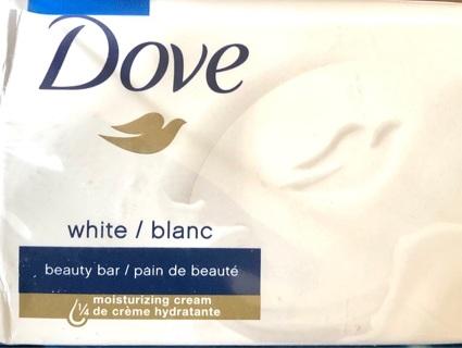 Brand New: 3.5 Oz. Dove Soap Moisturizing Creme Beauty Bar! Smells AWE-some!!