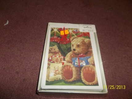 NEW BOX OF 18 HALLMARK CHRISTMAS CARDS, BEARS