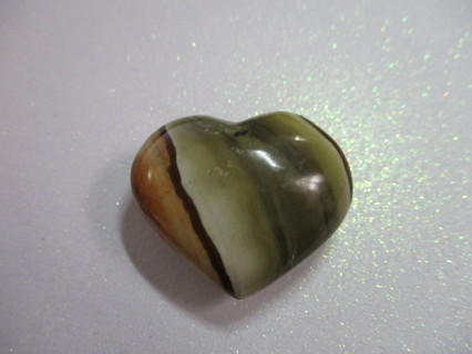"GORGEOUS ""PUFFED HEART"" CARVED FROM MOOKAITE JASPER"