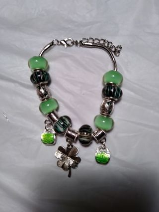 ☀☀ST. PATRICK'S DAY THEMED HANDCRAFTED EUROPEAN BRACELET W/ MURANO BEADS & EUROPEAN CHARMS☀☀