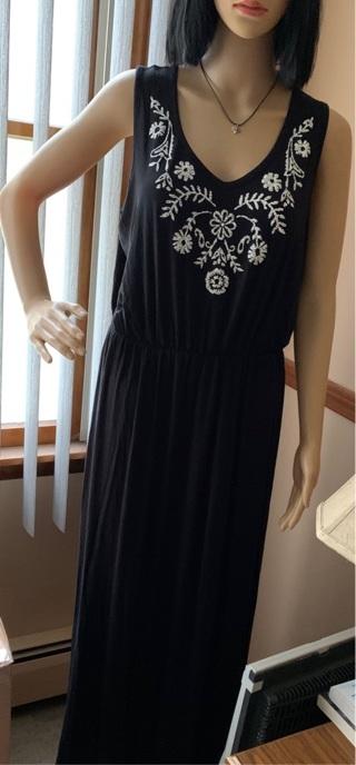 NEW LONG GORGEOUS MAXI DRESS
