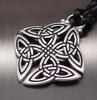 """Celtic Knot Trinity Pewter Pendant with 20"""" Necklace"""