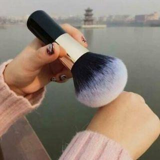 1x Pro Makeup Brushes Beauty Powder Face Blush Large Brush Professional Tools