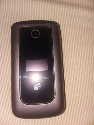 Free: ZTE straight talk phone 2 year warranty included