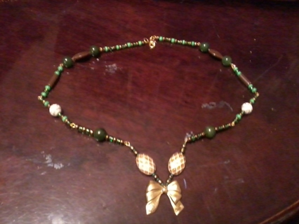 Steam Punk Golden Bow Necklace