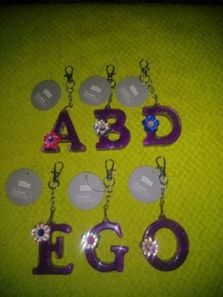 ❤✨❤✨❤1 BRAND NEW PURPLE GLITTER INITIAL KEYCHAIN❤✨❤✨❤(6 TO CHOOSE FROM!)
