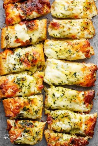❄ (New) Easy Cheesy Garlic Bread Recipe ❄